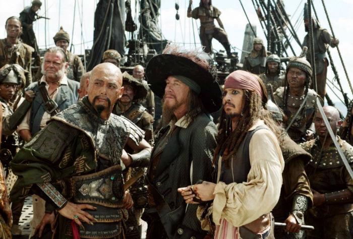 "1 - ""Pirates of the Caribbean: At World's End"" (2007) - $341 میلیون تخمین بودجه اولیه: $300 میلیون فروش جهانی: $963.4 میلیارد"