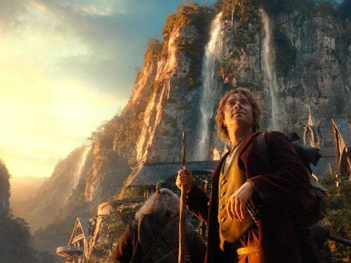 "10 – ""The Hobbit"" (2012) - $259میلیون تخمین بودجه اولیه: $250 میلیون فروش جهانی: $1.02 میلیارد"