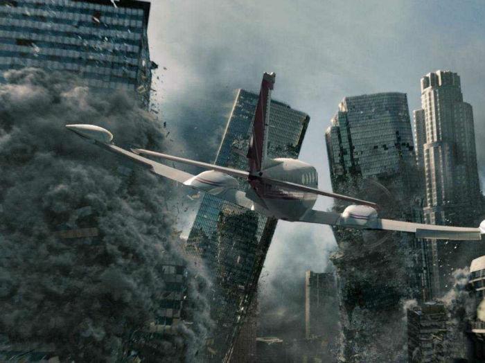 """29 - """"2012"""" (2009) - $220.4 میلیون تخمین بودجه اولیه: $200 میلیون فروش جهانی: $769.7 میلیون"""
