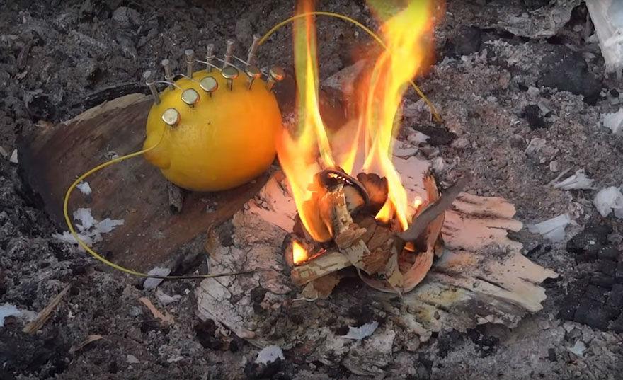 آتش درست کردن بدون کبریت