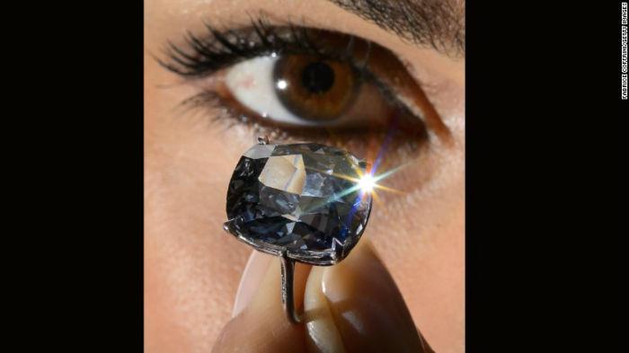این الماس در ژانویه سال گذشته در آفریقای جنوبی استخراج شد