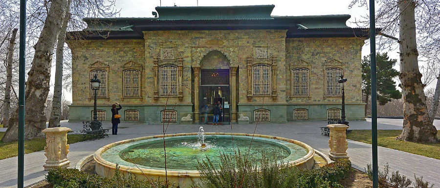 از کاخ سعد آباد بیشتر بدانیم