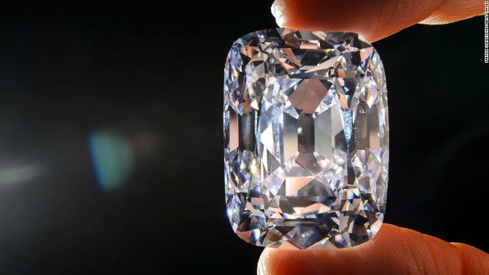 الماس 76.02 قیراطی Archduke Joseph با قدمت 400 ساله در سال 2012 میلادی باقیمت 21.5 میلیون دلار فروخته شد