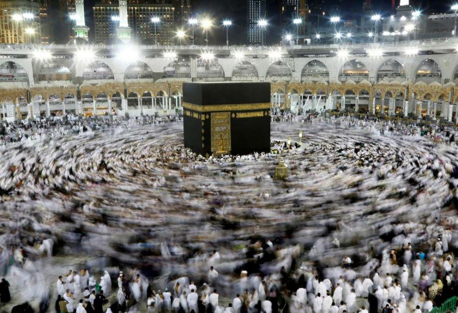 طواف کعبه در مسجد جامع عکاس: Faisal Nasser مکان: مکه، عربستان سعودی