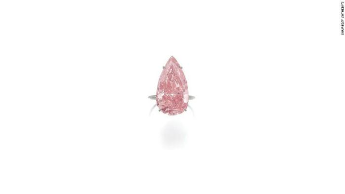 این سنگ در یک حراجی در ژنو باقیمت 31.6 میلیون دلار فروخته شد