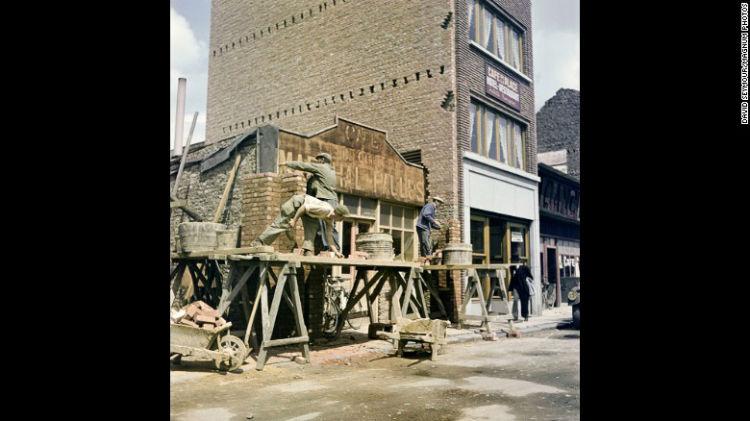 شهر Bastogne در بلژیک در دسامبر سال 1944 یکی از پایگاه های اصلی جنگ به شمار می رفت