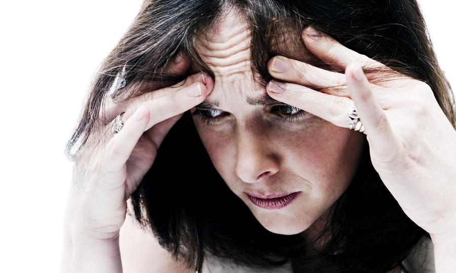 زنان و جوانان قربانی های اصلی اضطراب هستند