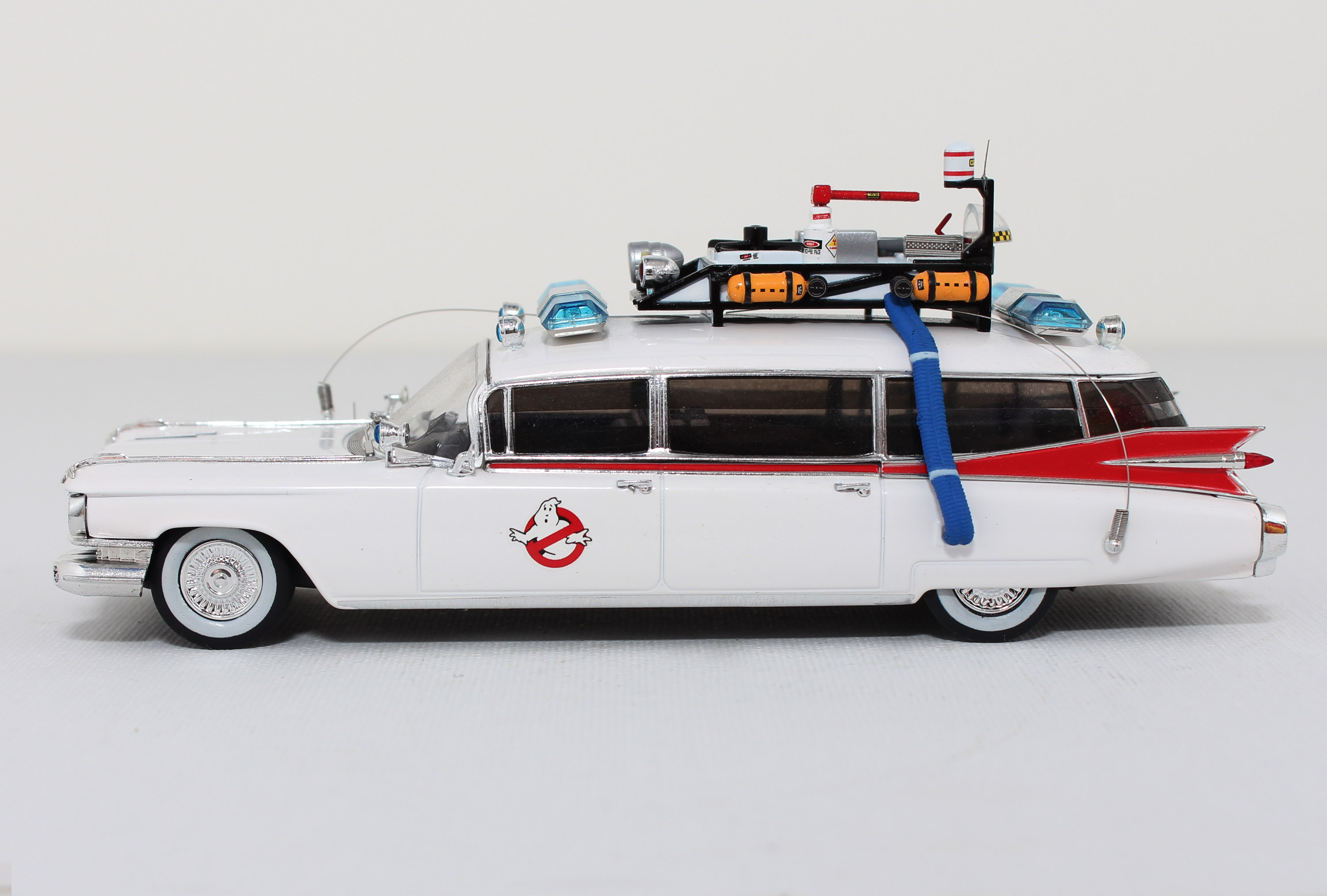 1-43-1959-Cadillac-Ghostbusters_002