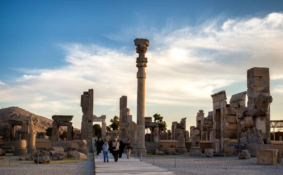 iran-cities-iran-visa-persepolis-w900-h600