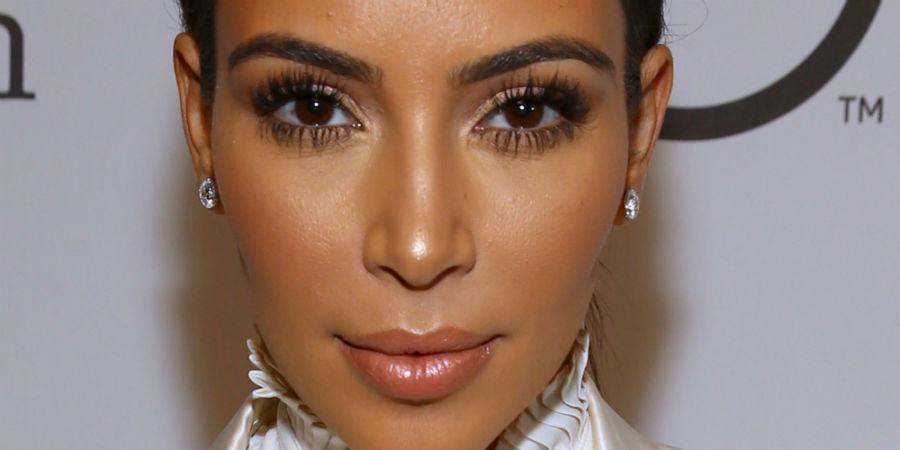 o-kim-kardashian-facebook-w900-h600
