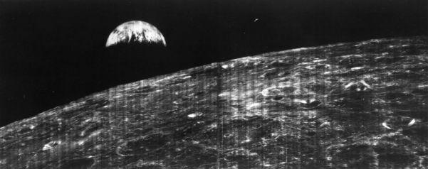 ۵۰ سال پیش نخستین تصویر زمین از روی کره ماه به ثبت رسید