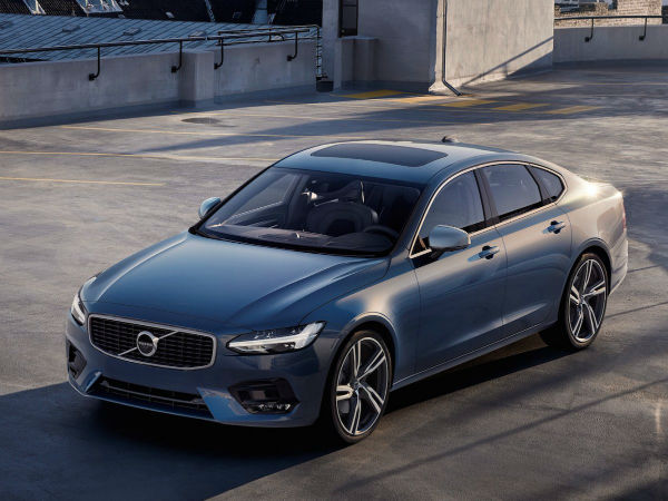 -being-replaced-by-the-2017-s90-hello-new-big-volvo-w600