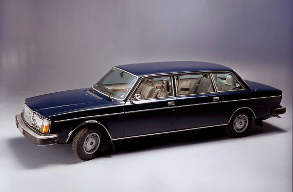there-was-even-a-limousine-version-called-the-264-te-w600