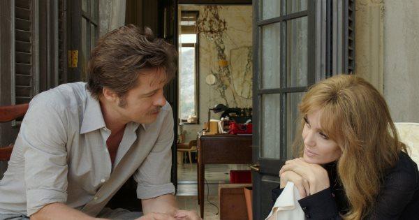 سال گذشته، این زوج هنری در فیلم در By the Seaدر کنار هم نقش آفرینی کردند. این فیلم را که جولی نوشته، داستان زندگی زوجی در فرانسه را روایت می کند که برای حفظ زندگی مشترک شان تلاش می نمایند.