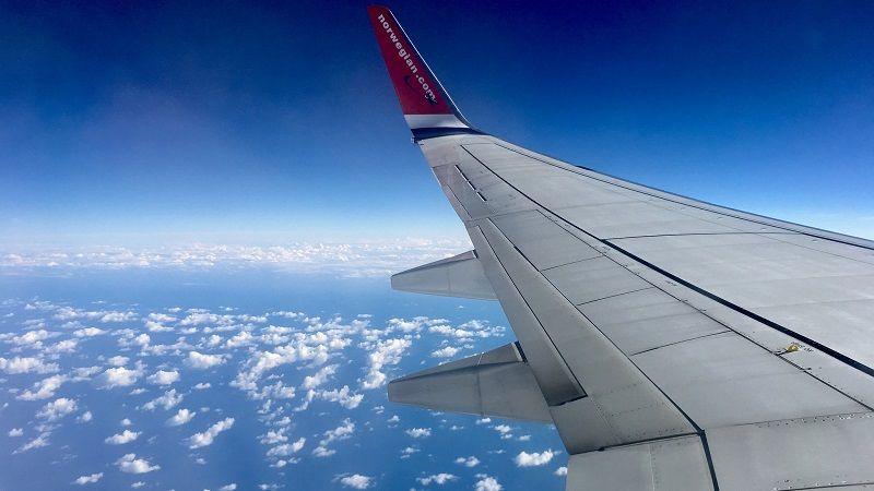 کجای هواپیما بنشینیم تا در طول پرواز احساس بهتری داشته باشیم؟