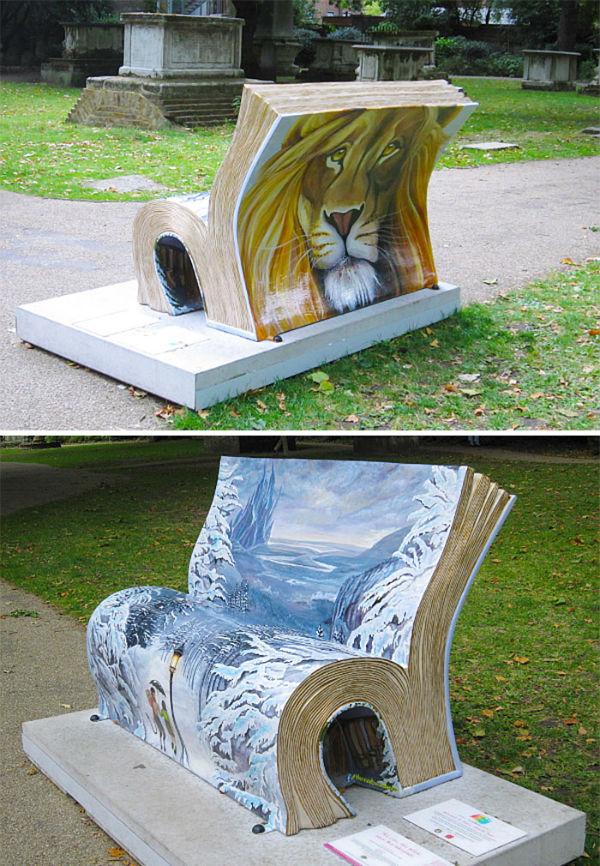 صندلی کتاب «شیر، جادوگر و کمد لباس» در شهر لندن