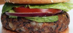 خوشمزه روز: برگر لوبیا سیاه [تماشا کنید]