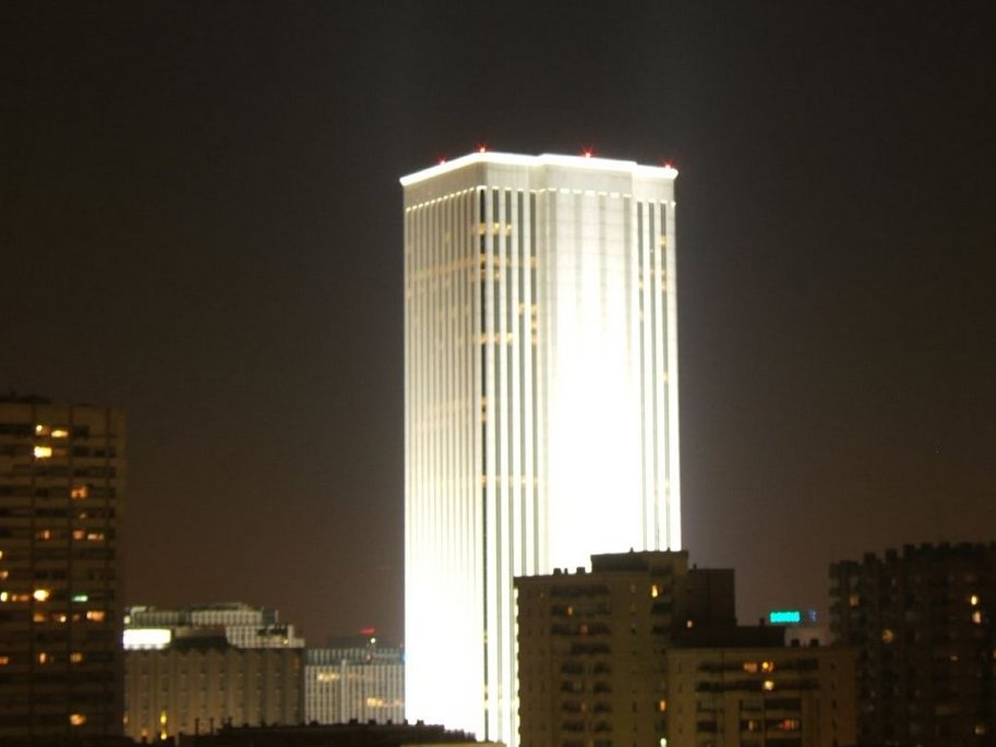 he-also-bought-the-tallest-skyscraper-in-spain-the-torre-picasso-in-madrid-the-building-stands-515-feet-and-cost-536-million
