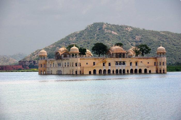 جَل محل؛ قصری بر روی آب، در جیپورِ هند