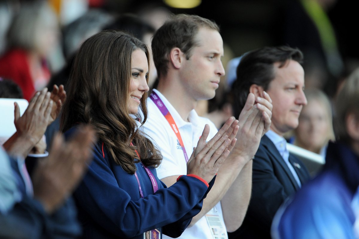 kate-middleton-is-a-huge-fan-of-zaras-designs-and-is-often-photographed-in-its-clothing