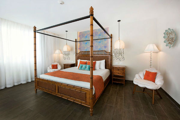 spongebob-squarepants-hotel-pineapple-nickelodeon-resort-punta-cana-25-w600