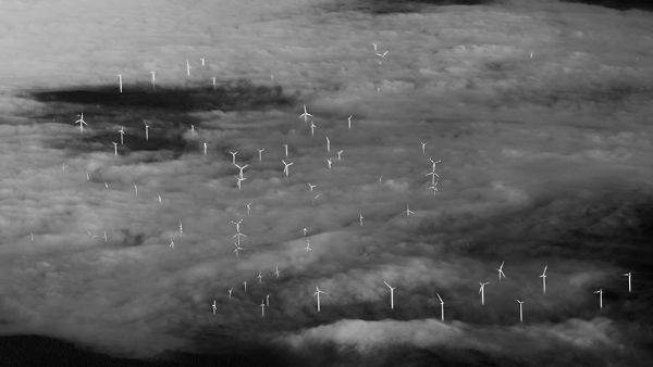 storm-sky-photography-airline-pilot-christiaan-van-heijst-17-57eb681104c38__880-w600-copy
