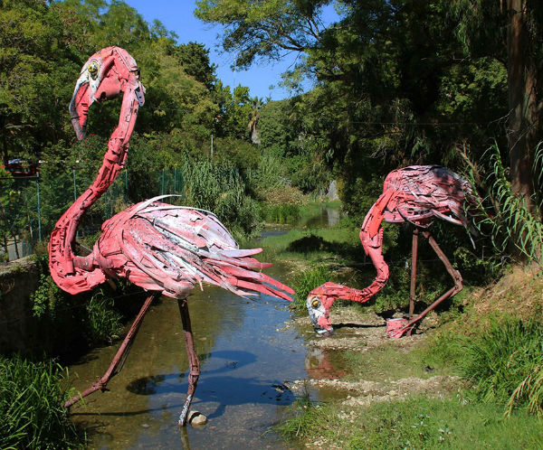trash-animal-sculpture-artur-bordalo-3-57ea223746235__880-w600