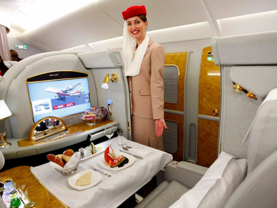 پرواز با بلیت درجه یک و بسیار گرانقیمت هواپیمایی امارات چه حال و هوایی دارد؟ - روزیاتو