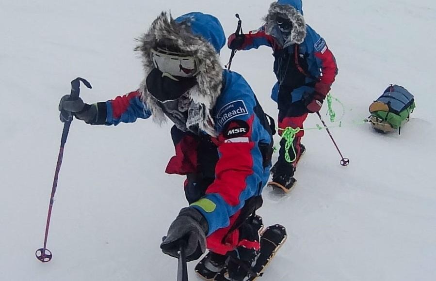 تصاویری که سختی سفر ۸۰۰ کیلومتری به قطب شمال را به خوبی نمایش می دهند