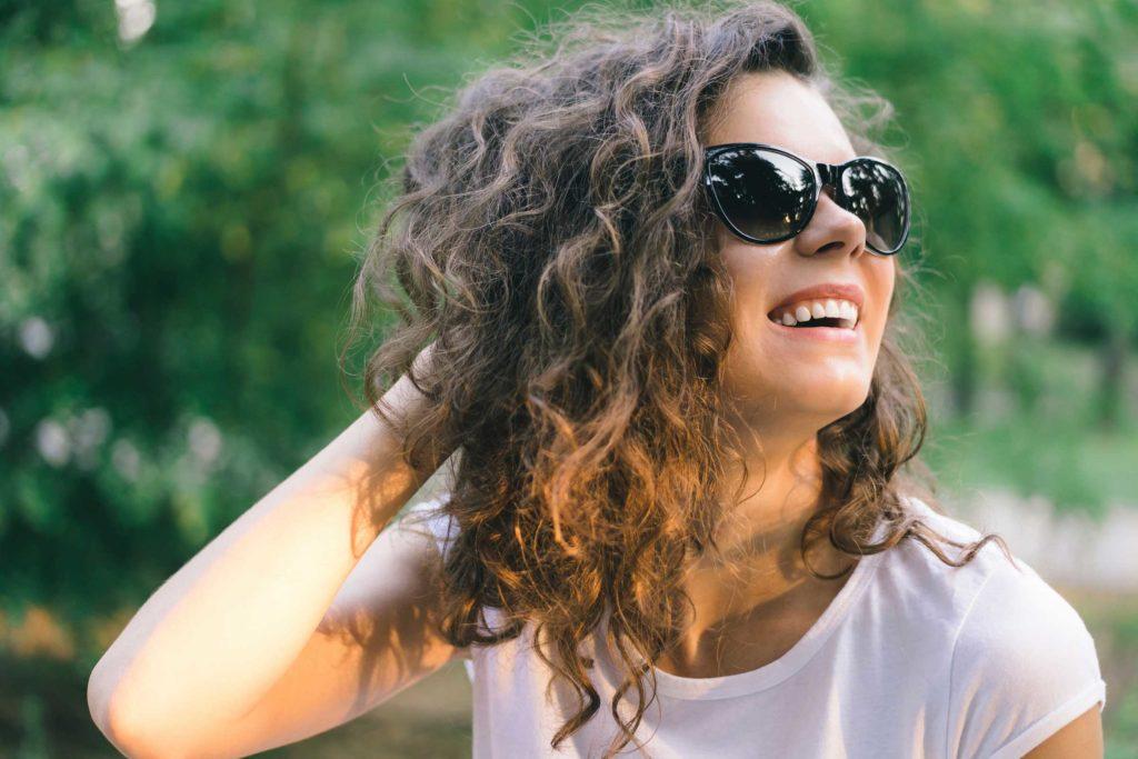۱۰ راهکار برای ایجاد تغییرات اساسی در موهای مجعد