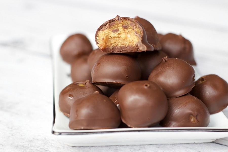 خوشمزه روز: توپی های کره بادام زمینی و شکلات تلخ [تماشا کنید]
