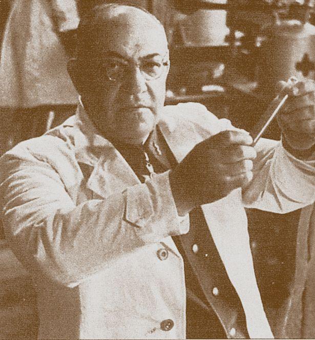 دکتر تئودور گیلبرت مورل، پزشک شخصی هیتلر