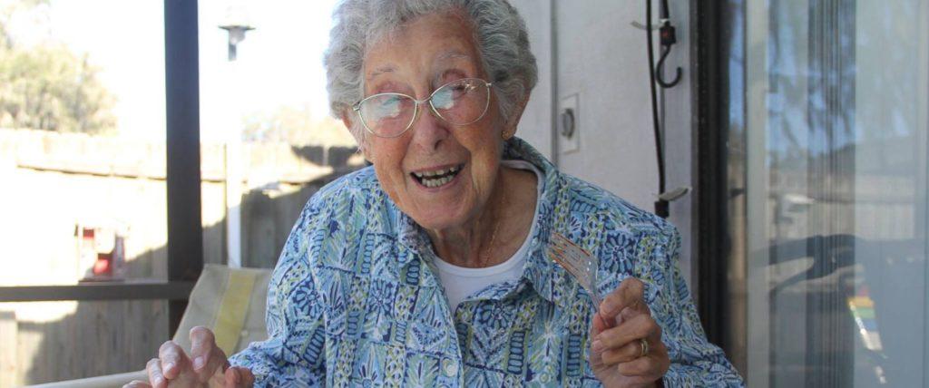 پایان یک مبارزه؛ پیرزن ۹۱ ساله ای که الهام بخش بسیاری از کاربران اینترنت بود درگذشت