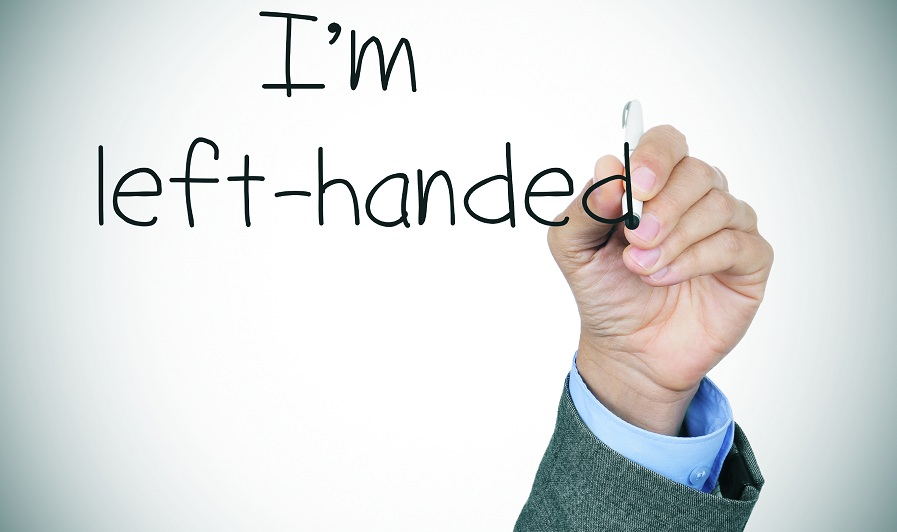 the sentence I am left-handed handwritten by a left-handed person