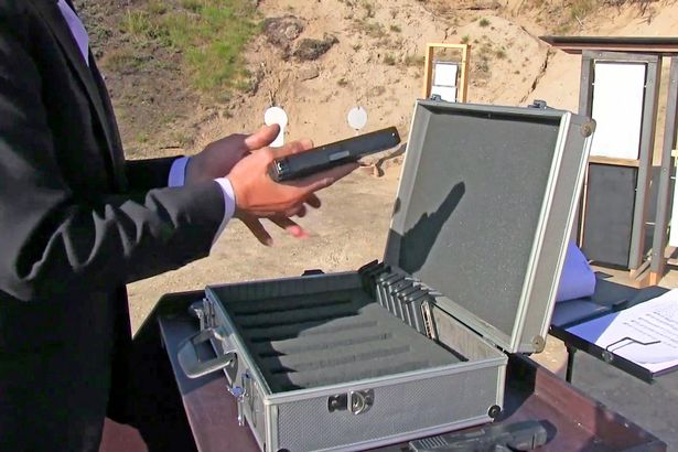 pay-vitaly-kryuchin-loads-a-glock-in-order-to-make-music-with-it