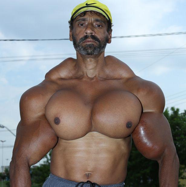 اگرچه والدیر سالهاست به ورزش پرورش اندام مشغول است اما تاثیرات وزنه و باشگاه به تنهایی او را راضی نمی کرد