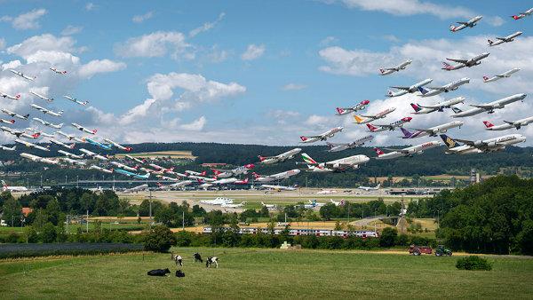 10 عکس خارق العاده که ترافیک هوایی فرودگاه ها را به تصویر می کشند - روزیاتو