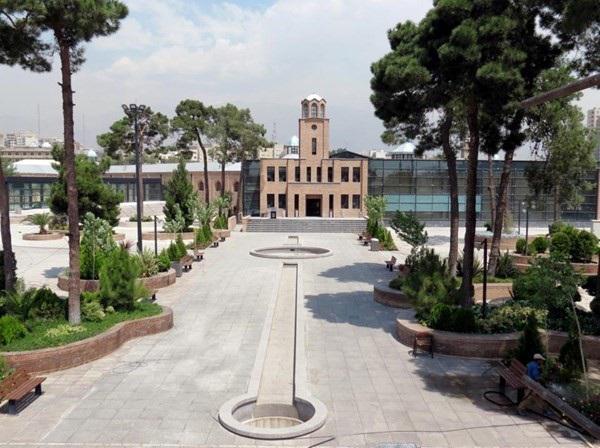 قصر: زندان مشهوری که باغ موزه تهرانی ها شد