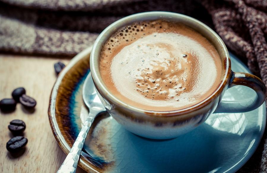 مروری بر تاریخچه فال قهوه و چگونگی رواج یافتن آن