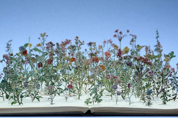 illuminated-book-sculpture-su-blackwell-1-57ee4977eaa96__700-w600
