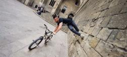 انجام حرکات خارق العاده و دیدنی با استفاده ترکیب مهارت های دوچرخه سواری و پارکور [تماشا کنید]
