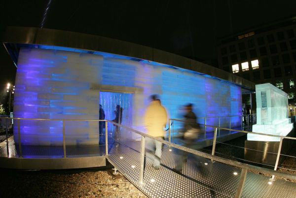 تصویر خانه یخی در کشور المان را مشاهده می کنید