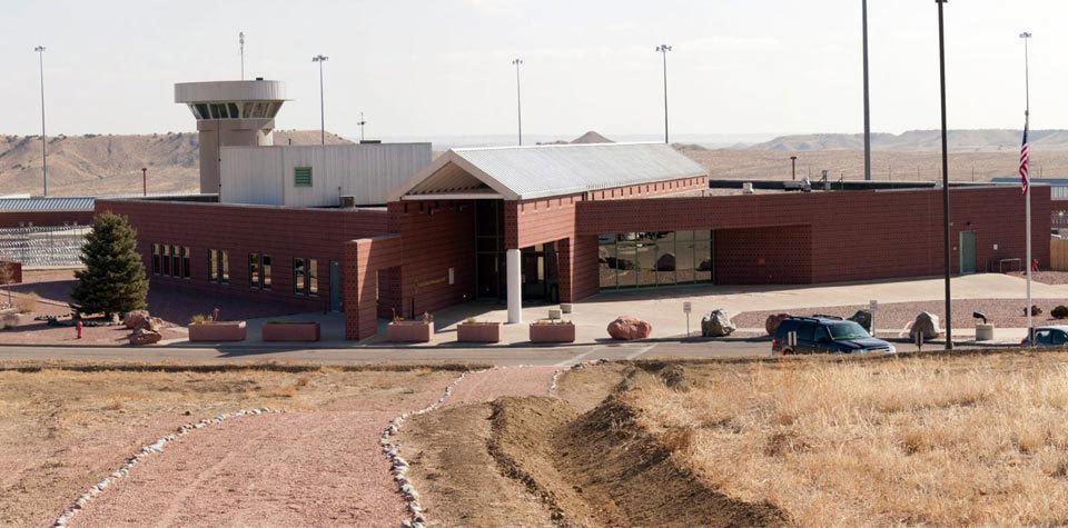 تحمل حبس در امنیتی ترین زندان آمریکا چه حال و هوایی دارد؟ - روزیاتو