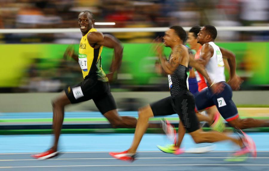 یوسین بولت در مسابقات دو صد متر مردان در بازی های المپیک ریو دو ژانریو - 14 اوت