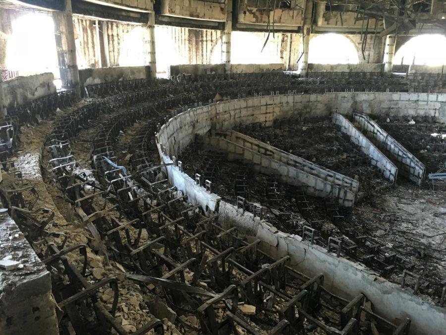 ساختمان پارلمان در پی اعتراضات پس از انتخابات ریاست جمهوری در لیبرویه در کشور گابن به آتش کشیده شد.