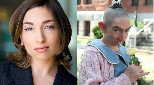 «نائومی گراسمن» به عنوان «پپر» که از بیماری میکروسفالی رنج می برد در «داستان ترسناک آمریکائی»، 2012