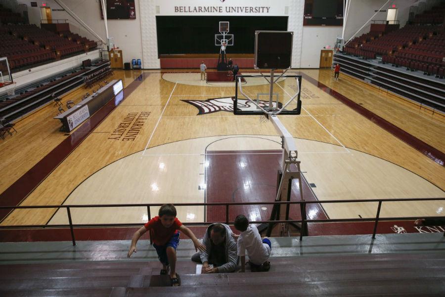 ورزشگاه دانشگاه Bellarmine - لوئی ویه، کنتاکی