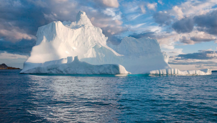 icebergs-jpg-pagespeed-ce-_g69codtx7-w700