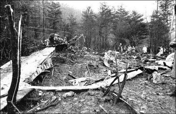 marshall_university_plane_crash_6-w700