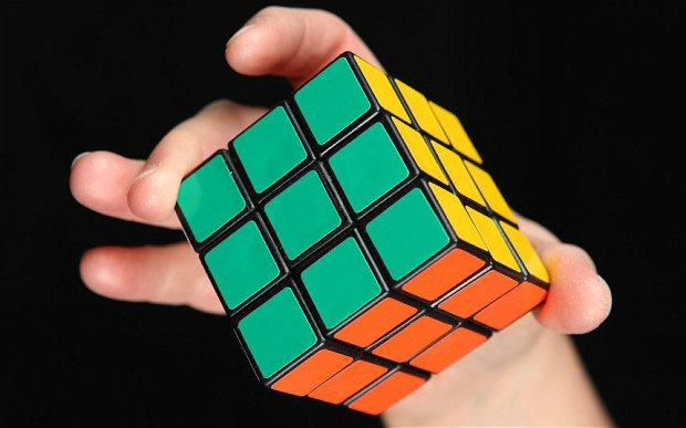 rubiks-cube_2630857b-w700